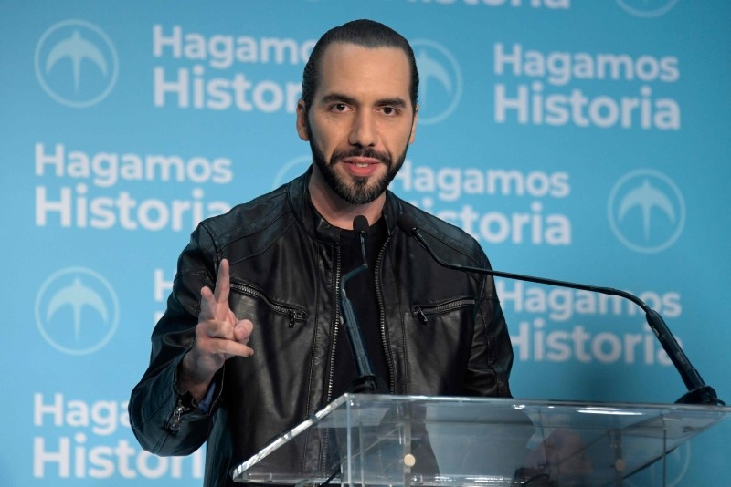 El Salvador presidential candidate Nayib Bukele of the Great National Alliance (GANA) speaks to the media after proclaiming himself as winner of the presidential election in San Salvador on Feb. 3, 2019 (AFP Photo)