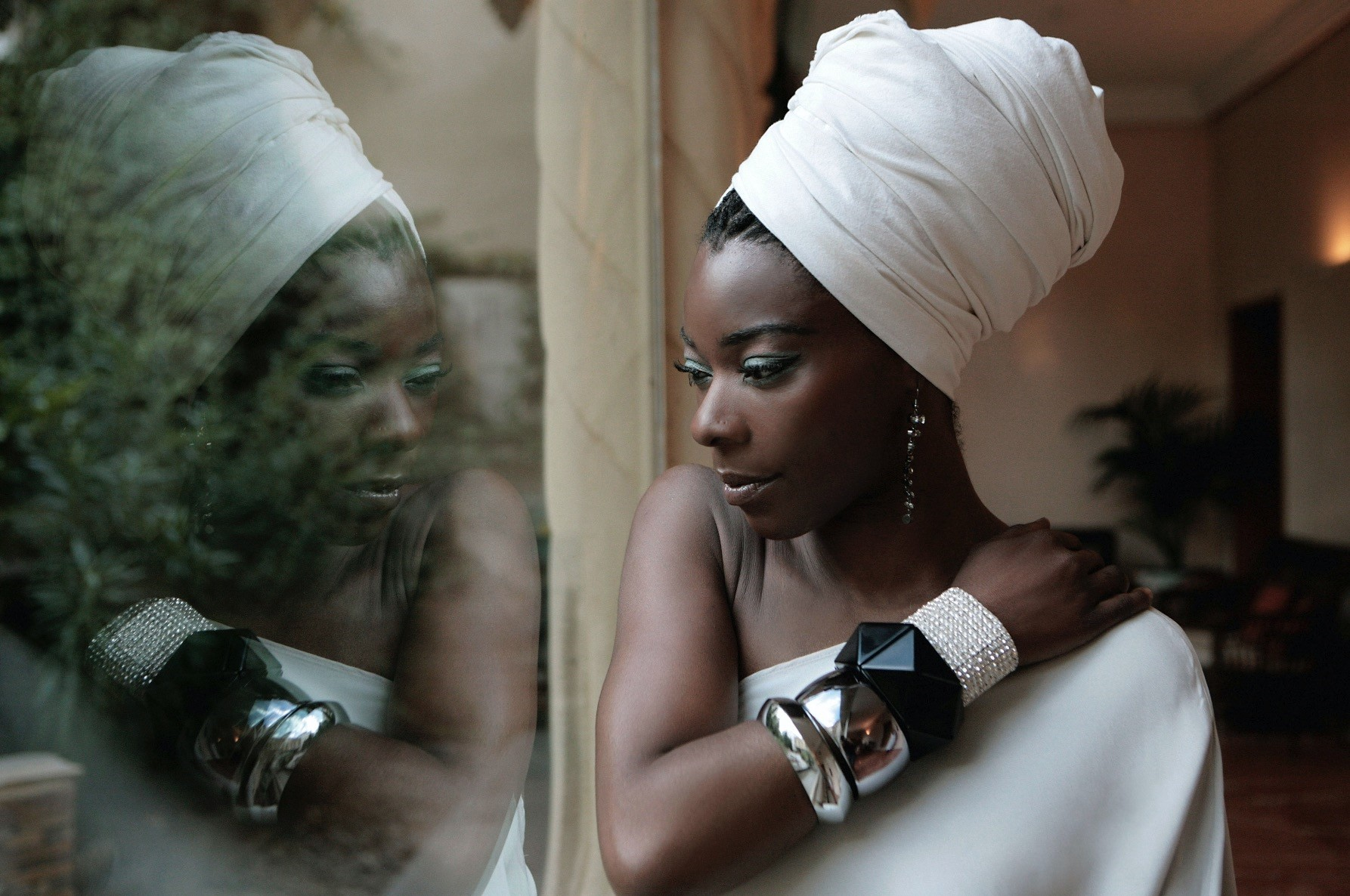 Preparing to release a new album this autumn, Buika will perform her old and new songs in Istanbul.