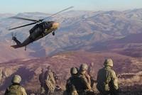 Bei Luftangriffen türkischer Kampfjets auf PKK-Stellungen im Nordirak sind nach Angaben der Armee mindestens zwölf PKK-Terroristen getötet worden. Die Terroristen in der Region Hakurk hätten...
