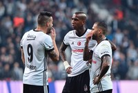 Galatasaray holds upper hand ahead of Beşiktaş derby