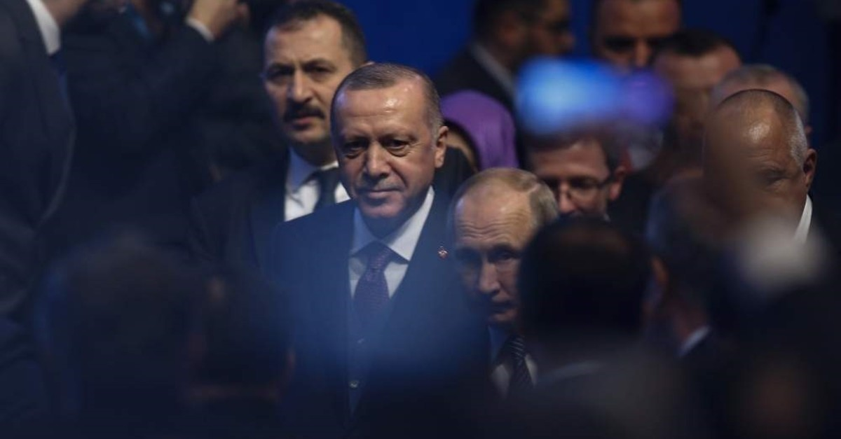 President Recep Tayyip Erdo?an and Russia's President Vladimir Putin arrive for a ceremony in Istanbul for the inauguration of the TurkStream pipeline, Jan. 8, 2020. (AP Photo)