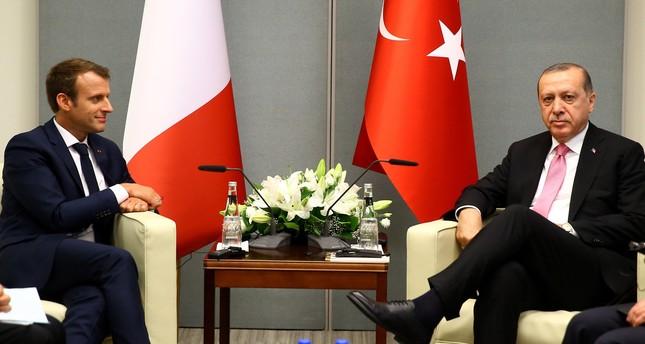 ماكرون مهنئاً أردوغان: أؤمن بضرورة الحوار المستمر بين تركيا والاتحاد الأوروبي