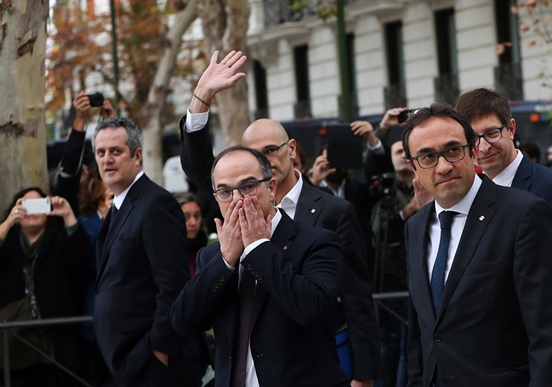 Sacked members of Catalan cabinet at Spain's High Court after being summoned to testify on charges of rebellion, Madrid, Spain, Nov. 2, 2017. (Reuters Photo)