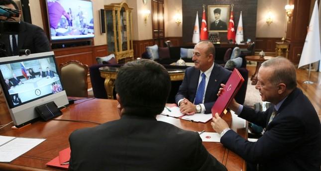 أردوغان ونظيره الفنزويلي يبرمان اتفاقية خلال مباحثات عبر دائرة تلفزيونية