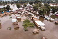 More people at risk from rising seas than thought