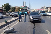 5 injured as bus hits light post in Istanbul's Avcılar