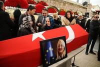 Farewell to academic, top adviser Beril Dedeoğlu