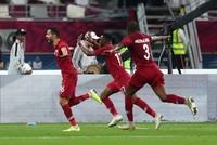 المنتخب القطري يعبر إلى نصف نهائي خليجي 24 بعد اكتساحه نظيره الإماراتي برباعية نظيفة