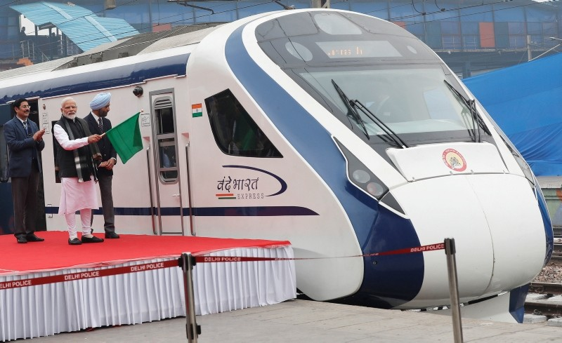 India's Prime Minister Narendra Modi flags off India's fastest train 'Vande Bharat Express' at a ceremony in New Delhi, India (Reuters Photo)