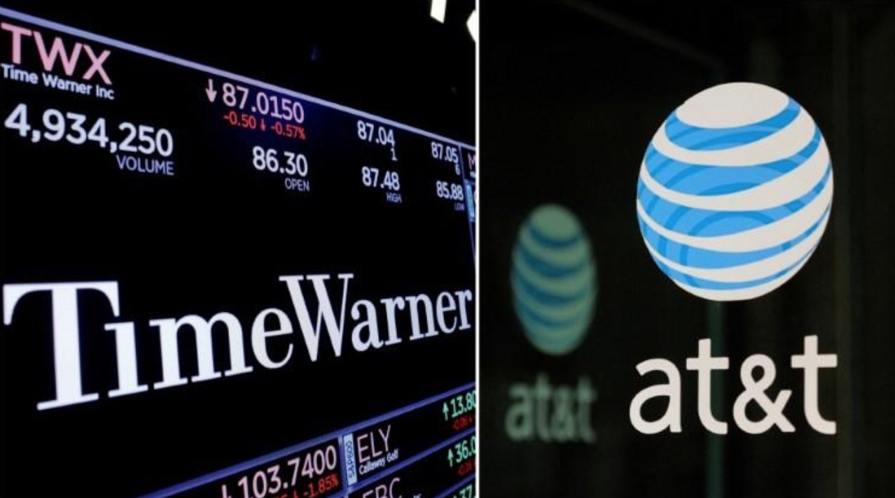 A combination photo shows the Time Warner shares price at the New York Stock Exchange and AT&T logo in New York, NY, U.S., on November 15, 2017 and on October 23, 2016 respectively. (Reuters Photo)