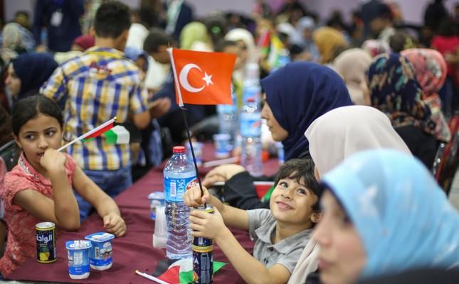 Gazans express gratitude to Turkey for new Israeli deal that partially removes blockade