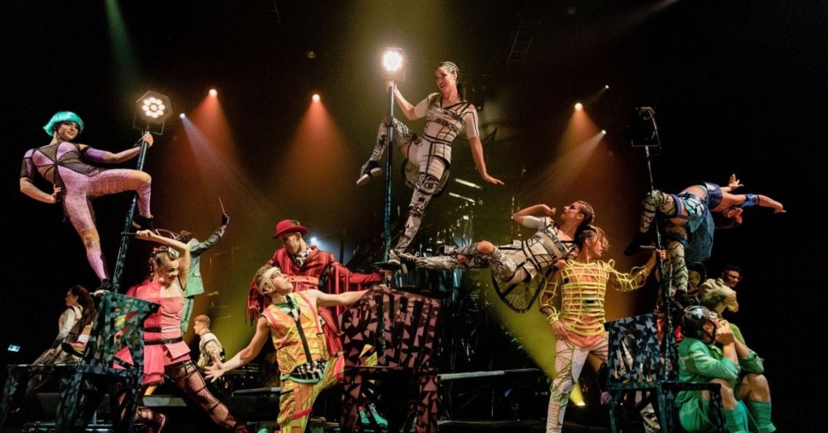 19 artistic, acrobatic shows will be performed by the team of Cirque du Soleil in Istanbul.