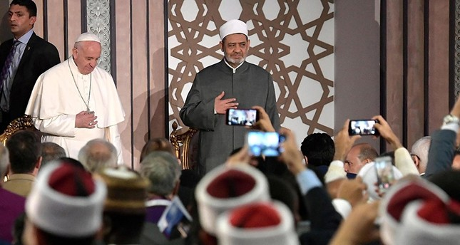 EPAبابا الفاتيكان وشيخ الأزهر يلقيان كلمة بالمؤتمر العالمي للسلام في القاهرة