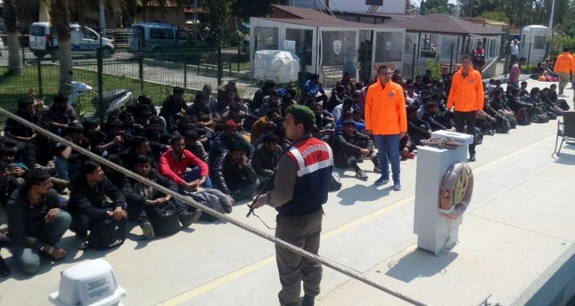 خفر السواحل التركية يضبط 62 أجنبياً في بحر إيجة