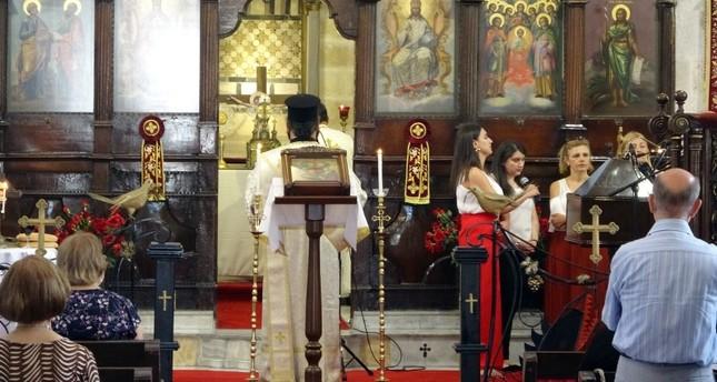 احتفال في هاطاي التركية بعيد القديسين بطرس وبولس