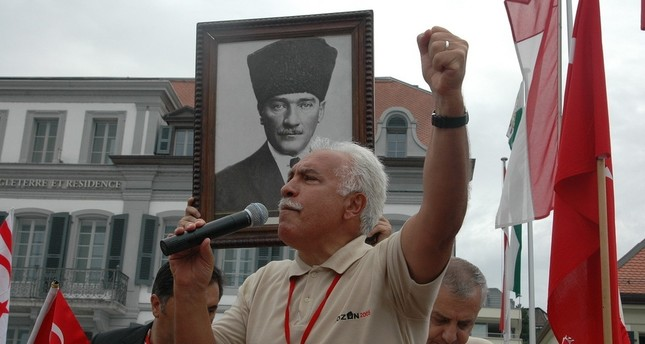 Doğu Perinçek is adressing a Turkish community during an event organized for the anniversary of the Treaty of Lausanne in Switzerland, July 24,2005. (Archive Photo)
