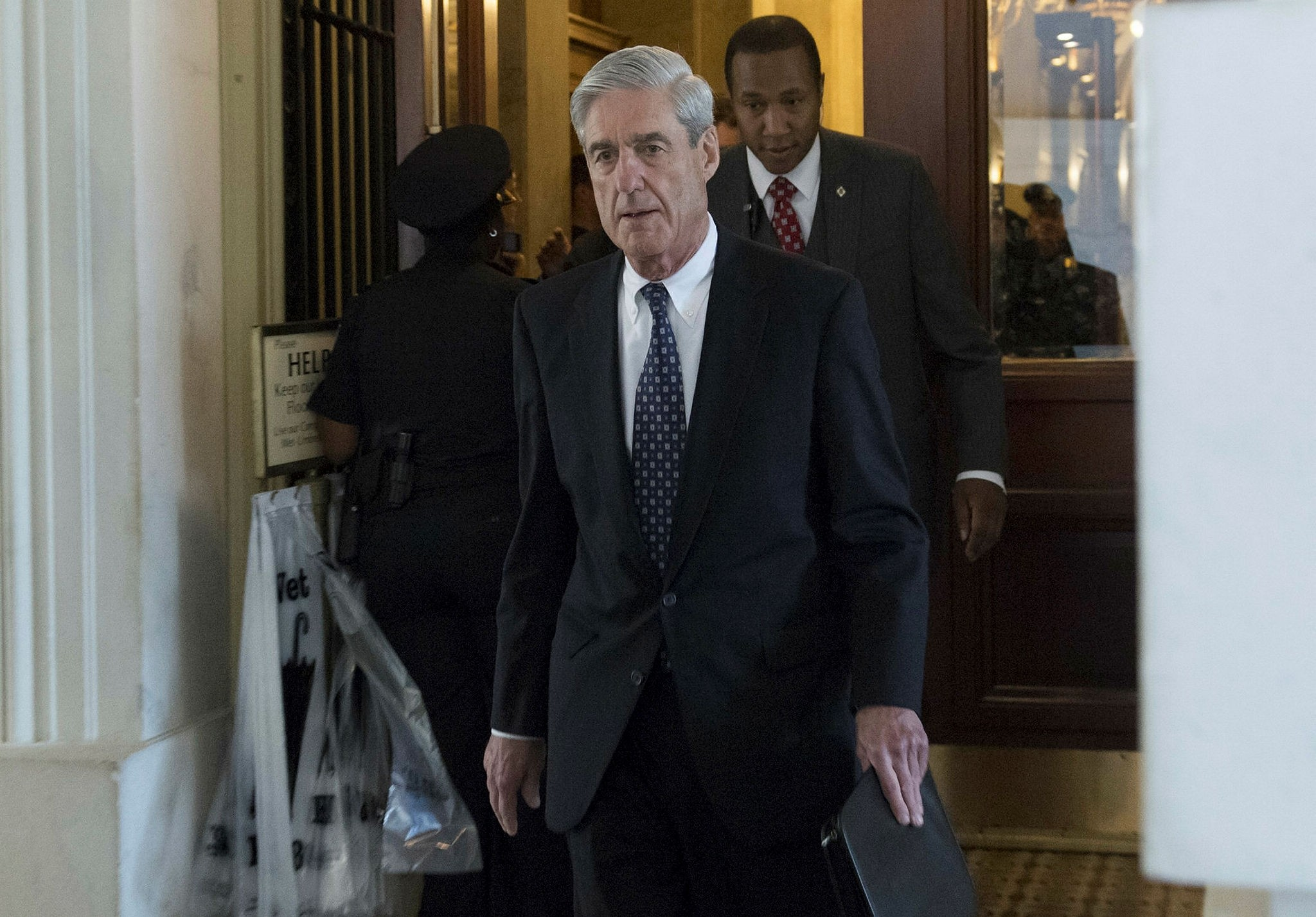 This file photo shows Former FBI Director Robert Mueller, special counsel on the Russian investigation, following a meeting with members of the US Senate Judiciary Committee at the US Capitol in Washington, DC on June 21, 2017. (AFP Photo)