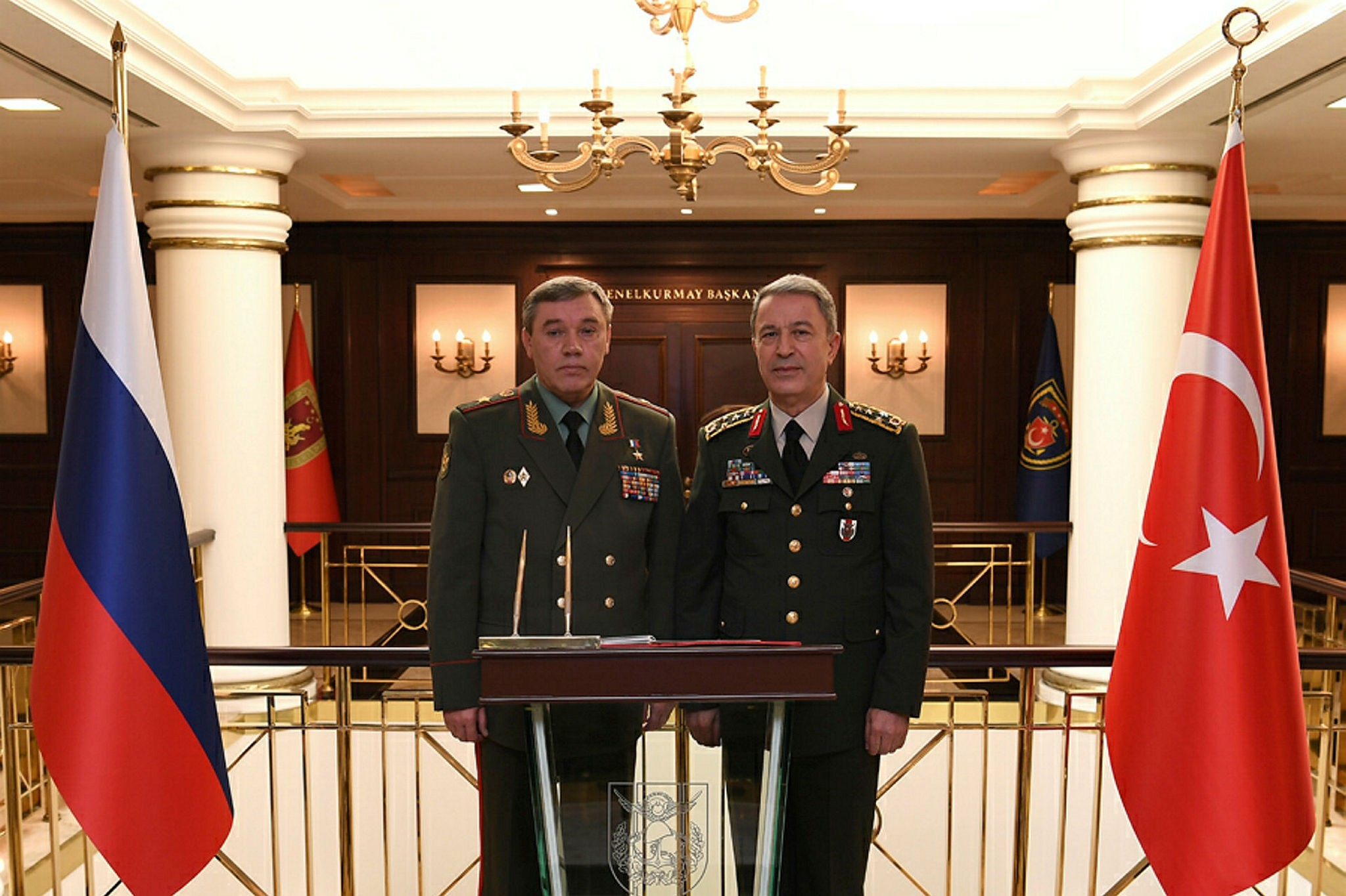 Gerasimov (L) and Akar (AA Photo)