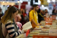 Number of book readers in Turkey rises 12% over 11 years