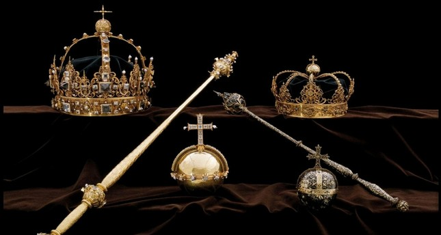 The Swedish Royal Family's crown jewels from the 17th century are seen in this undated handout photo obtained by Reuters on August 1, 2018. (SWEDISH POLICE/via REUTERS)