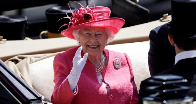 الملكة إليزابيث الثانية ملكة بريطانيا- أسوشيتد برس