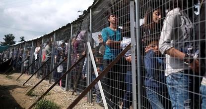 منظمات تعبر عن قلقها العميق بسبب عمليات الإخلاء القسري للاجئين من اليونان إلى تركيا