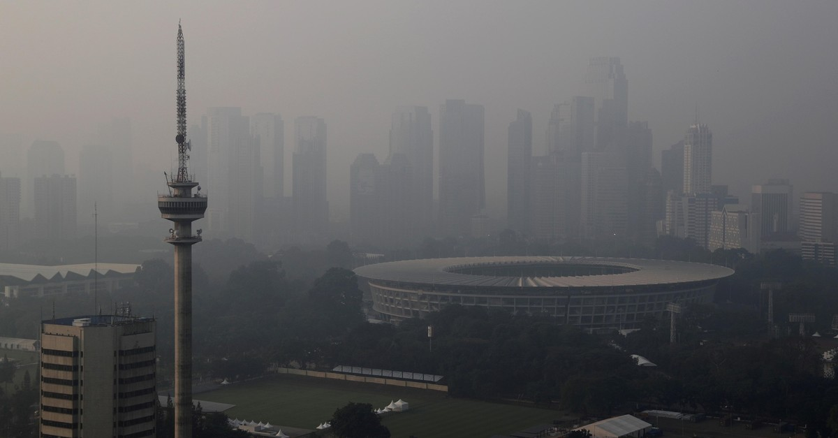 Aerial view of Bung Karno stadium as smog covers Jakarta ahead of Asian Games, Indonesia, July 27, 2018. (Reuters Photo)
