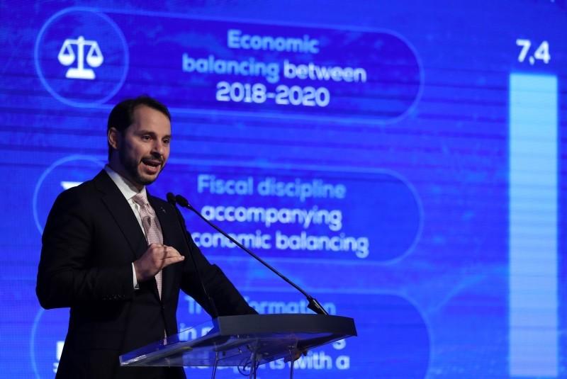 Treasury and Finance Minister Berat Albayrak announces the Medium Term Program (MTP) in Istanbul, Turkey, Sept. 20, 2018. (EPA Photo)
