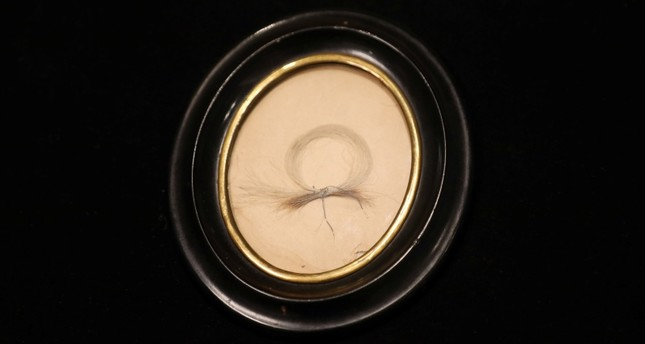 A lock of German composer Ludwig van Beethoven's hair is seen on display ahead of a Sotheby's auction, in London, Britain June 10, 2019. 8REUTERS Photo)