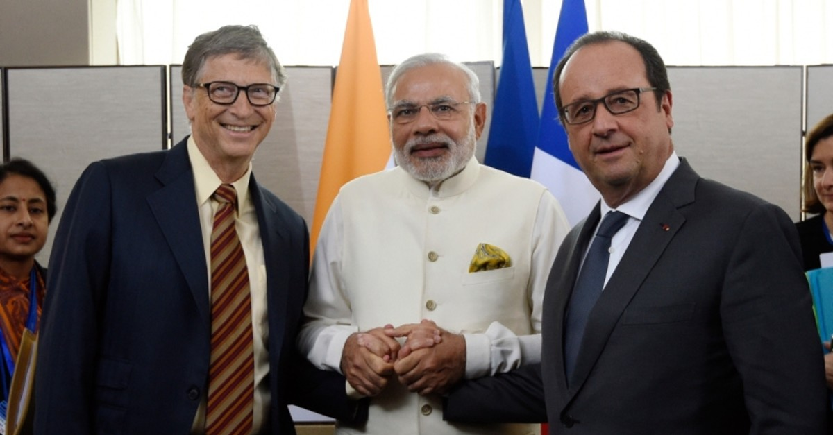 In this Sept. 28, 2015, file photo, from left, Microsoft CEO Bill Gates, and Indian Prime Minister Narendra Modi meet with French President Francois Hollande, as part of the 70th U.N. assembly in New York. (AP Photo)