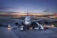 Während Turkish Airlines (THY) im ersten Halbjahr 29,5 Millionen Passagiere beförderte, gab es auch eine bemerkenswerte Zunahme der Passagier- und Auslandsquoten für Flüge nach Fernost und...