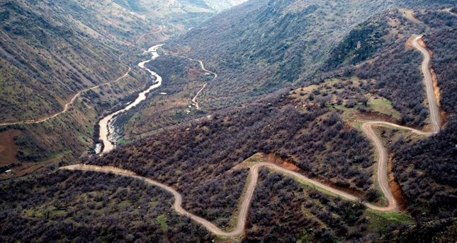 منظر من جبال قنديل حيث يتمركز إرهابيو البي كا كا (من الأرشيف)