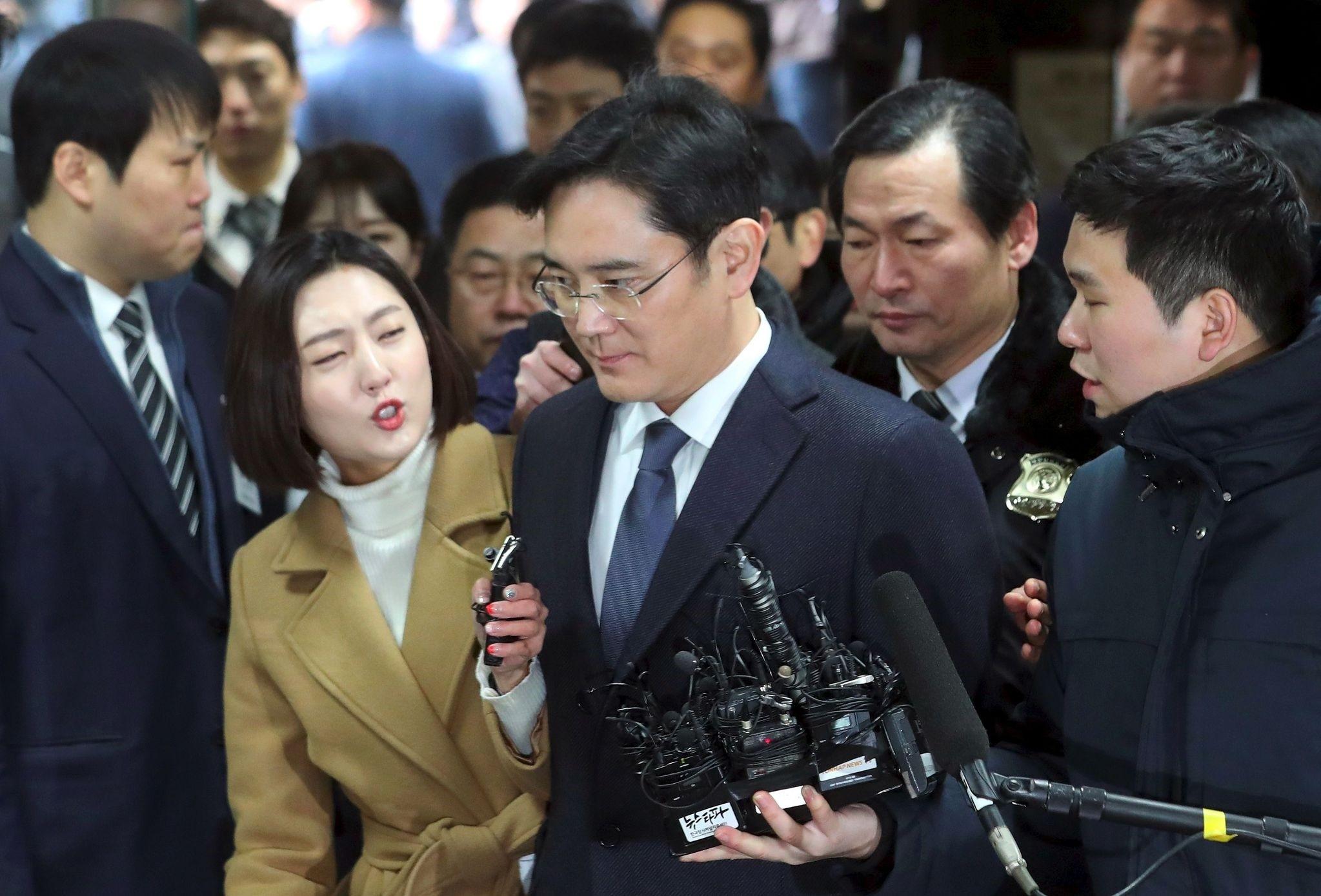 Lee Jae-Yong (C), Samsung Electronics vice chairman and the son of Samsung group chairman Lee Kun-Hee. (AFP Photo)