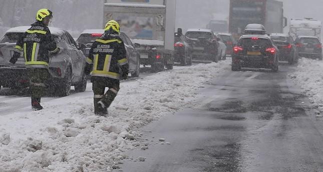 Österreich im April von Schneechaos betroffen