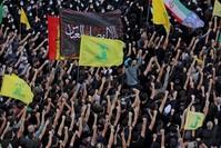 من تشييع القتلى الذين سقطوا أمس في بيروت الفرنسية