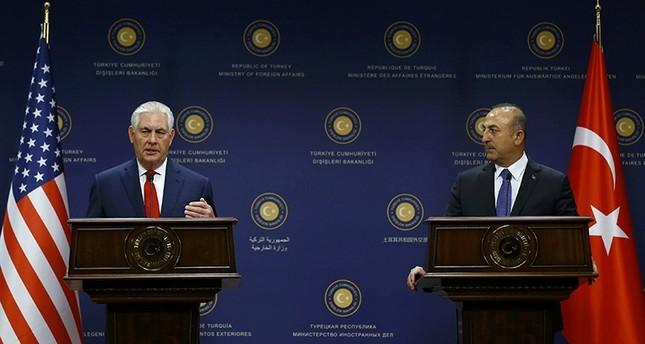 Çavuşoğlu, Tillerson discuss Afrin op at Paris meeting
