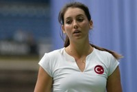 When French Open starts today there will be three Turkish women to represent the country. Çağla Büyükakçay, İpek Soylu and Başak Eraydın are confident they will be successful.