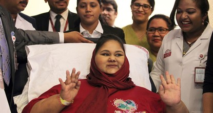pAn Egyptian believed to be the world's heaviest woman died Monday morning of heart and kidney failure at an Abu Dhabi hospital./p