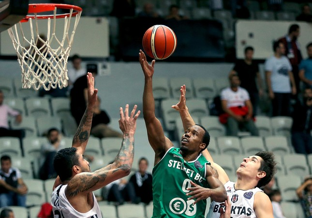 Beşiktaş was able to bounce back late in the fourth quarter as it tied the game (60-60) with one minute left on the clock and closed it the right way.
