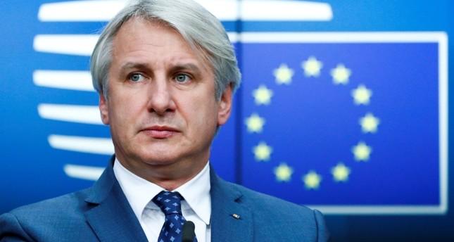 وزير المالية الروماني في مؤتمر صحفي بعد لقاء وزراء المالية الأوروبيين ببروكسل