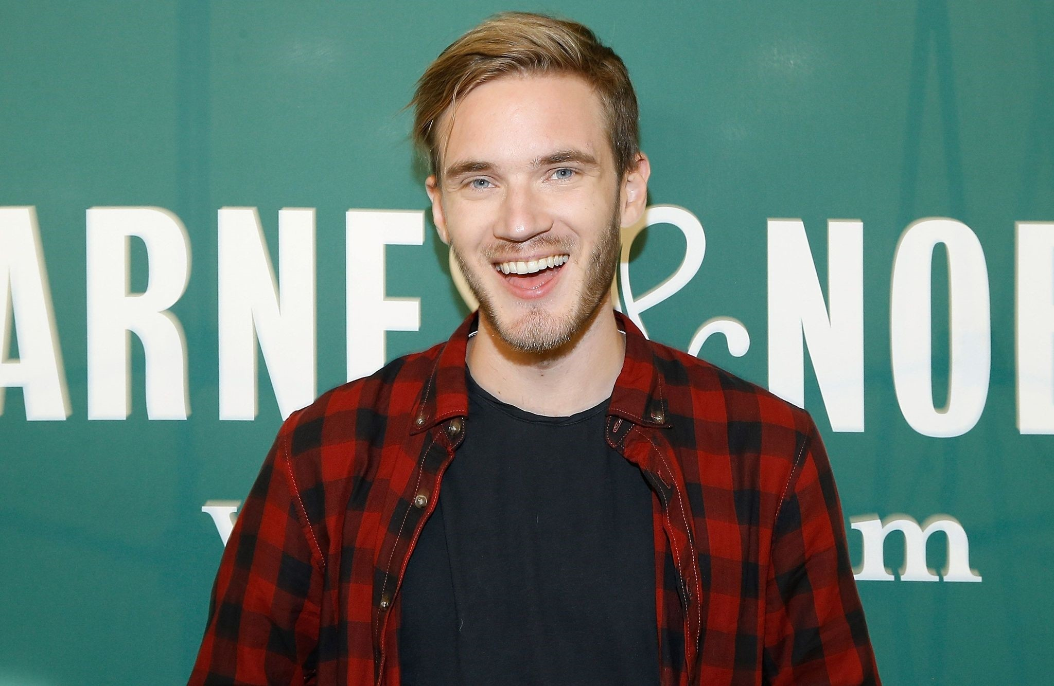 This file photo taken on October 28, 2015 shows PewDiePie at Barnes & Noble Union Square in New York. (AFP Photo)