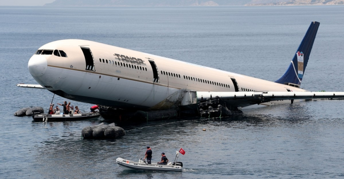 The airplane was sank some one nautical mile away from the shore.