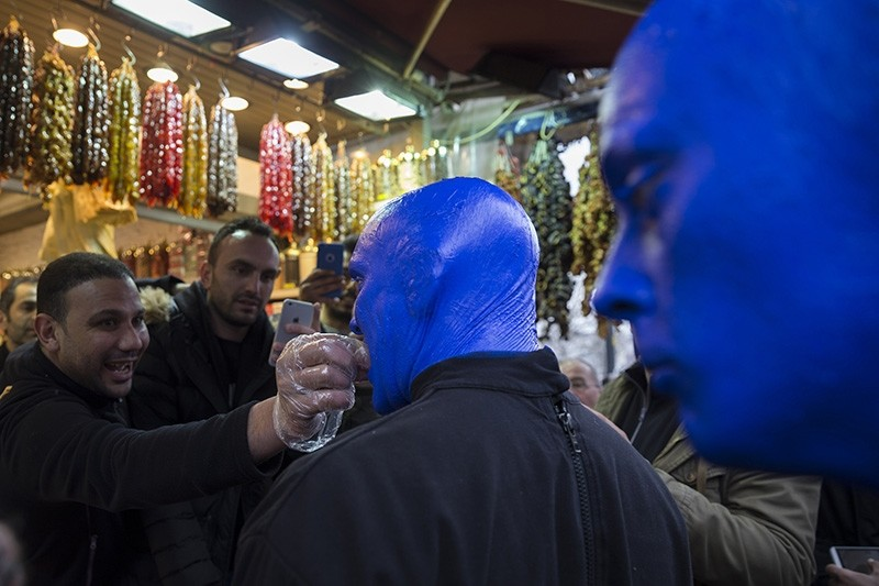 Blue Man Group tastes Turkish delight at the Spice Bazaar