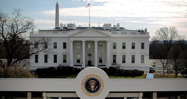 A reviewing stand is seen outside of the White House for the upcoming presidential inauguration in Washington, US, January 15, 2017. (Reuters Photo)