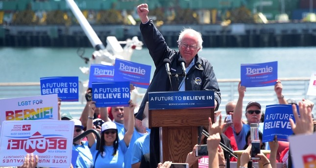 This file photo taken on May 27, 2016 shows Democratic Party candidate Bernie Sanders speaking on May 27, 2016 in the San Pedro port district of Los Angeles, California (AFP Photo)