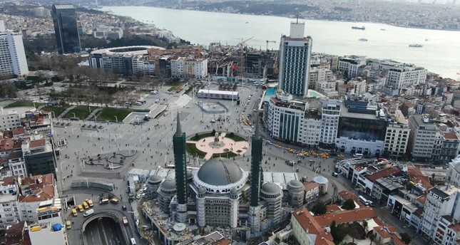 منطقة تقسيم بإسطنبول.. تجسيد حقيقي لتعانق الأديان والثقافات