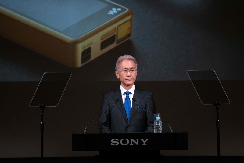 Sony CEO Kenichiro Yoshida holds a press conference at the Sony headquarters in Tokyo on May 22, 2018. (AFP Photo)