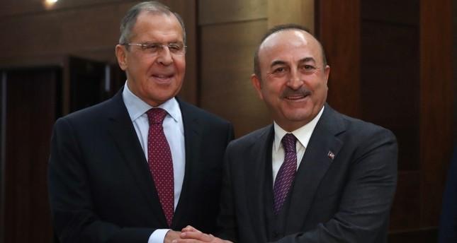 تشاوش أوغلو للافروف: لا معنى للهدنة قبل إنهاء احتلال أرمينيا لأراضي أذربيجان