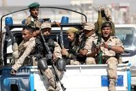 مقاتلون من جماعة الحوثي من الأرشيف