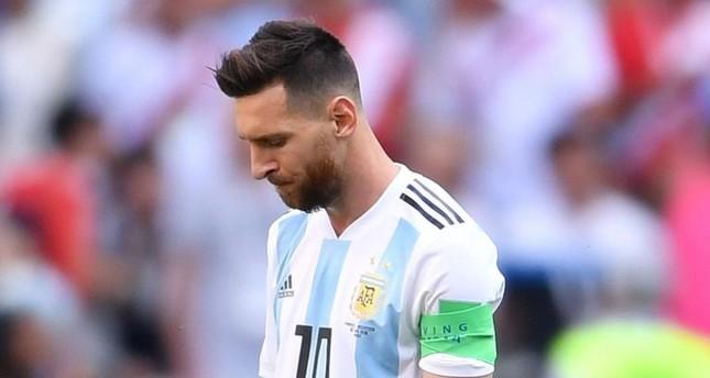 بعد اشتراطات ميسي الكثيرة.. الاتحاد الأرجنتيني يعلن غياب اللاعب عن مباراة المغرب بسبب الإصابة